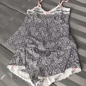 Marilyn Monroe Pjs set shorts and tank top Sz M